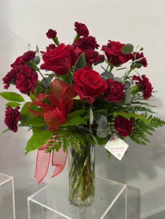C52020 Floral arrangement