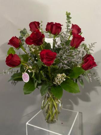 C92020 Floral arrangement