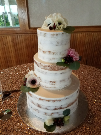 cake florals with white anemones