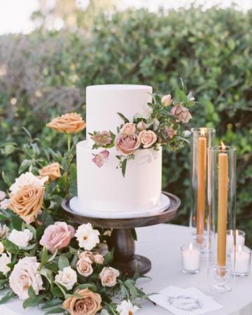 Cake Flowers  Wedding & Event Florals