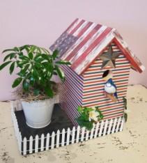 Caleb's Custom Birdhouse Planter - Patriotic Birdhouse Planter