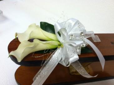 CALLA Prom Corsage wrist corsage - medium size