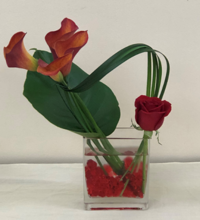 Calla Lillies and Single Rose Fresh Arrangement