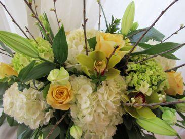 CALMING GARDEN  Floral Arrangement