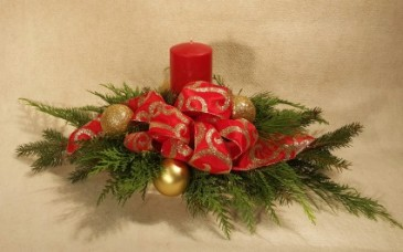 Candle light Christmas evergreen centerpiece