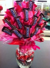 Candy Bar Arrangement Also available in blue for a man