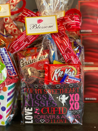 Candy Basket  Valentine's Day