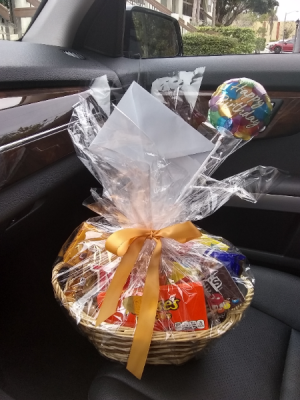 Candy Gift  Basket  in Miami, FL | Greensical Flowers Gifts & Decor