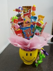 Candy Bouquet-Big Smiles We require 1 day notice on all candy bouquets