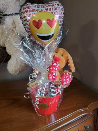 Candy bucket for kids Candy bouquet