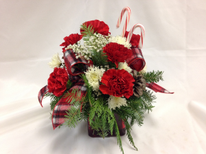 Candy canes and plaid Table Arrangement in Detroit Lakes, MN | DETROIT LAKES FLORAL