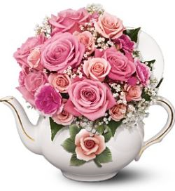 Vintage Teapot Roses