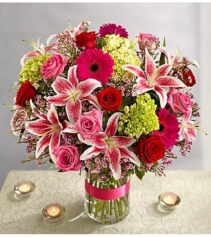 Capture My Heart Bouquet™ Arrangement