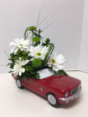 Car Delight! Arrangement in Cherokee, IA | Blooming House