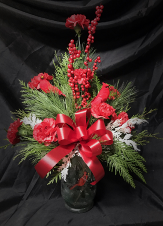 Cardinal Designer's Choice Christmas Arrangement