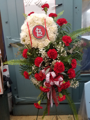 Cardinals Easel Easel in Union, MO | Sisterchicks Flowers and More LLC