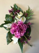 Carnation on Alstroemeria Corsage mini