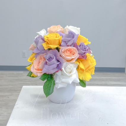 Carousel Vase Arrangement