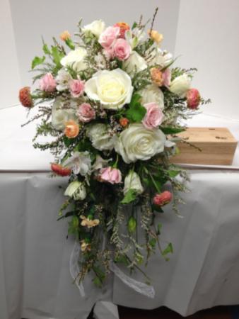 Cascade Bouquet Bouquet