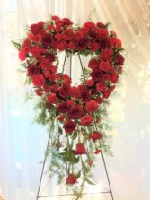 CASCADING HEART WREATH