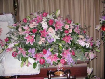 Beautiful Tributes from the Family Casket Sprays