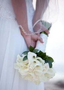 Cashmere Calas Creamy Cala Bridal bouquet