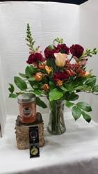Cashmere Golden Florals & Gifts Fresh Floral arrangement with Musk scented Candle