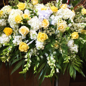 Sunshine of My Love Casket Cover  in Northport, NY | Hengstenberg's Florist