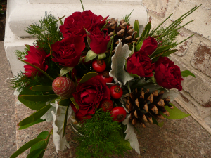 Casual Christmas  in Easton, CT | Felicia's Fleurs