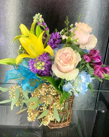 Casual Elegance  Vase arrangement