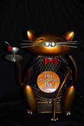 Cat figurine Fan