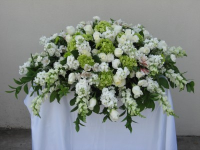CC8 White and green Casket cover