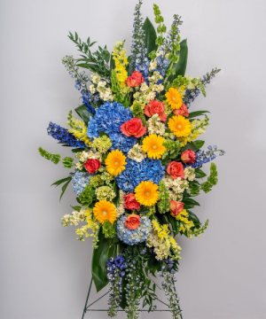 Celebrating Life. Standing Spray in Chatham, NJ | SUNNYWOODS FLORIST