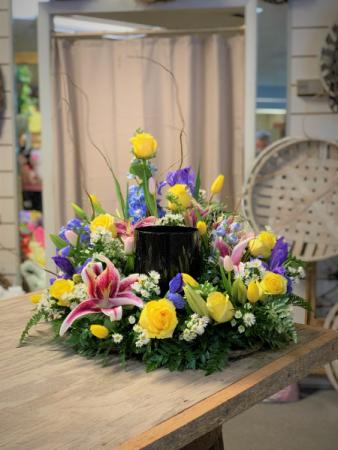 CELEBRATION OF LIFE URN SPRAY (URN NOT INCLUDED) Cremation Urn Flowers