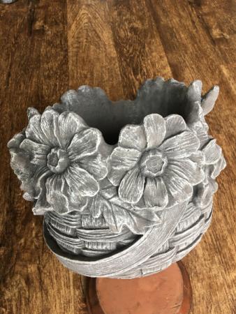 CEMENT FLOWER BASKET HOME DECOR