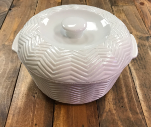 Ceramic Casserole Dish  in Yankton, SD | Pied Piper Flowers & Gifts