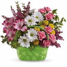 Basket of Beauty Floral Bouquet in Whitesboro, NY | KOWALSKI FLOWERS INC.
