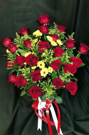 CF390  in Round Lake, IL | CUNA'S FORMAL WEAR & FLOWERS INC.