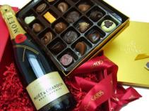 Champagne n' Godiva Gift Basket