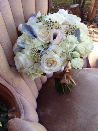 Champagne/Cream Bouquet Brides Bouquet