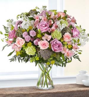 Charming Garden Spring Vase in Springfield, MO | FLOWERAMA #226