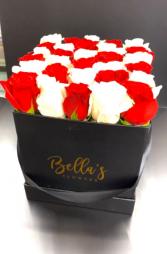Checkered Love Fresh-Cut Roses