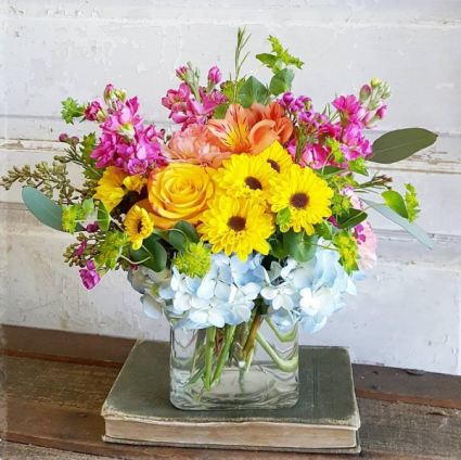 Cheerful Charm Cube Arrangement