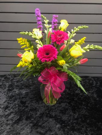 Cheerful Like You vase arrangement
