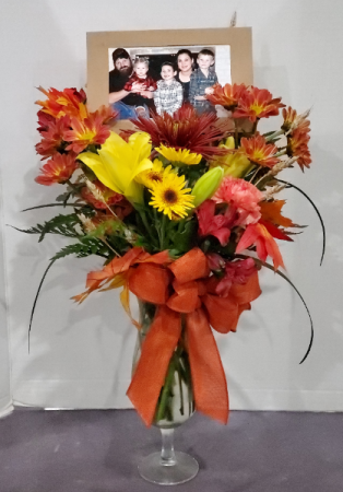 Cheerful memories personalized vase