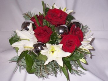 Christmas On The Ball Christmas Flowers