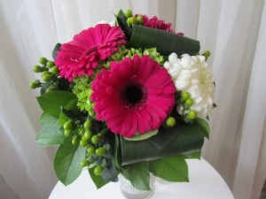 CHEERFUL SENTIMENTS Vase Arrangement in Woodbridge, ON | PRIMAVERA FLOWERS & MORE