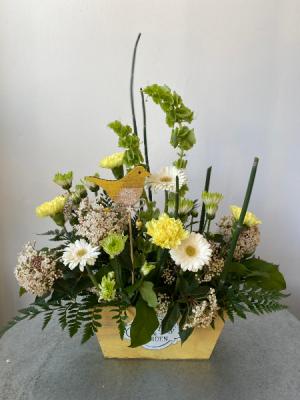 Cheery Bird Box  in La Grande, OR | FITZGERALD FLOWERS