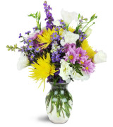 Chic Bistro  Vase arrangement