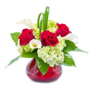 Chic Romance  in Zanesville, OH | FLORAFINO FLOWER MARKET & GREENHOUSES
